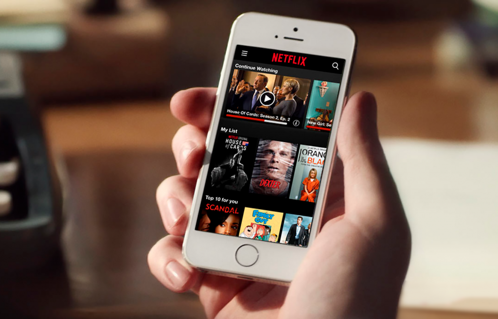 how to download offline netflix iphone